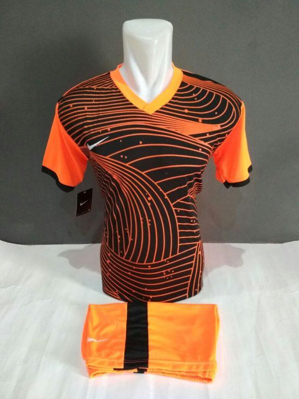 Setelan-Futsal-Nike-orange-Lengkung