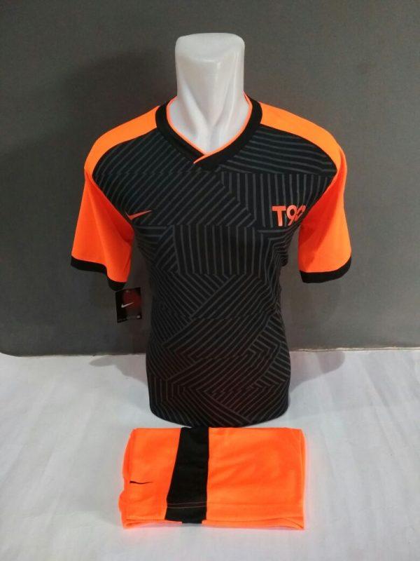 Setelan-Futsal-Nike-t90-Hitam-Orange