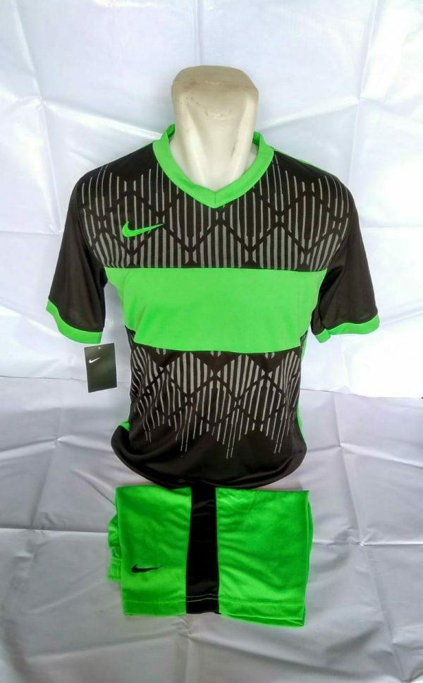 Setelan futsal Nike Wajik Hitam Hijau