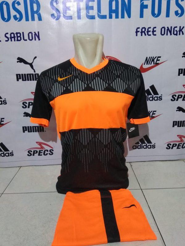 Setelan futsal Nike Wajik Hitam Orange