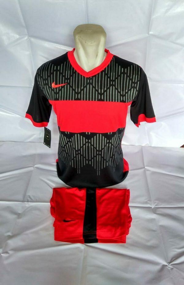 Setelan futsal Nike Wajik Merah Hitam